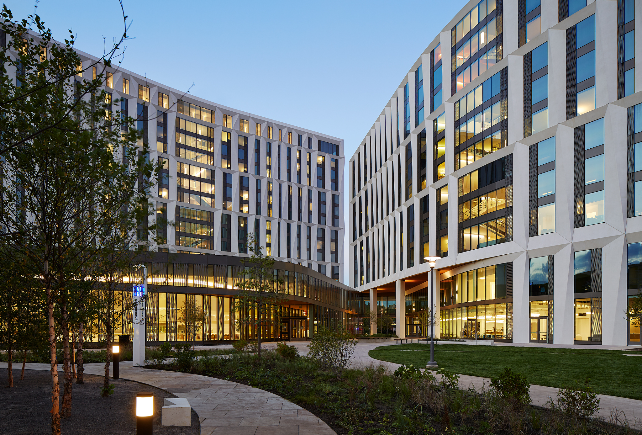 University of chicago opens campus north residential for University of houston student housing