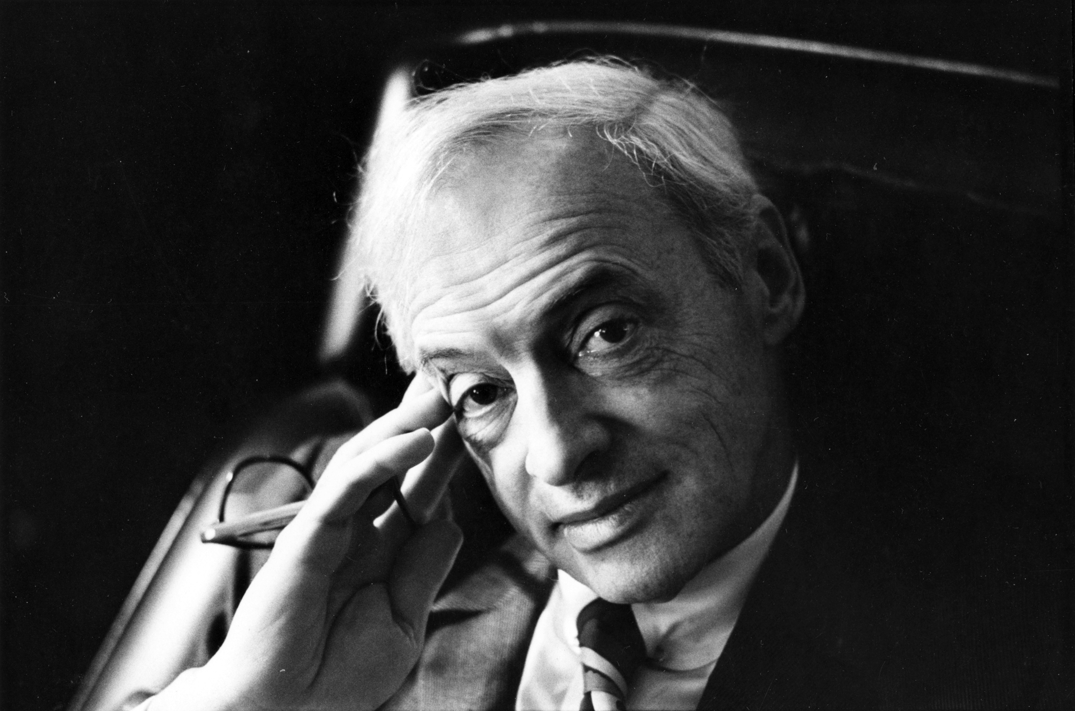 saul bellow essays Free essay: water imagery in seize the day saul bellow's seize the day is one of the most profoundly sad novels to be written since tender is the night on.