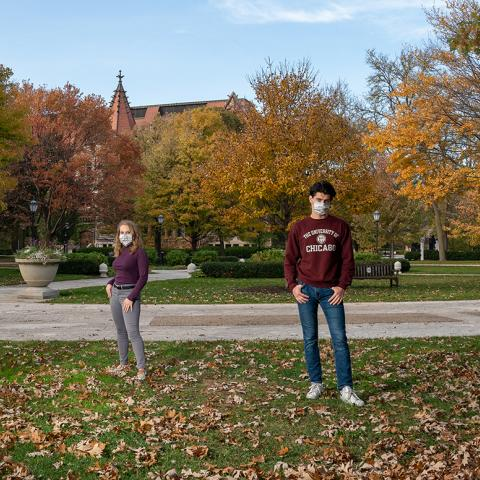 Students in UChicago's Class of 2024 on Main Quadrangles