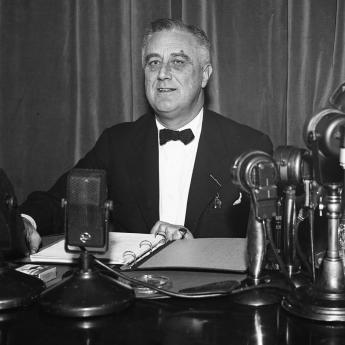 HOW PROGRESSIVES COULD USE FDR'S LOSING COURT STRATEGY TO WIN