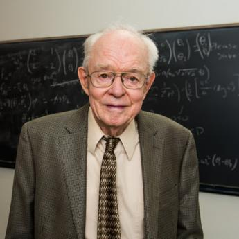 Pioneering Solar Scientist Eugene Parker Gets His Day in the Sun